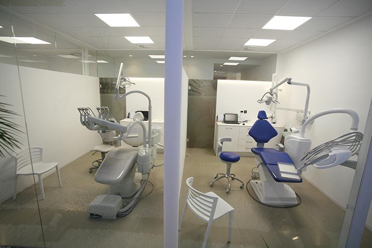 11-andrea-compte-clinica-dental-benicarlo-vinaros-peniscola-centro-odontologico-odontopediatria-cirugia-estetica-ortodoncia