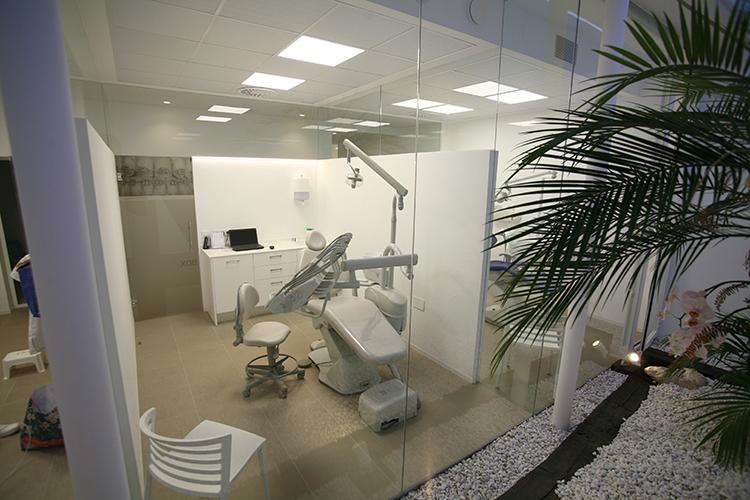 12-andrea-compte-clinica-dental-benicarlo-vinaros-peniscola-centro-odontologico-odontopediatria-cirugia-estetica-ortodoncia
