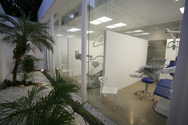 13-andrea-compte-clinica-dental-benicarlo-vinaros-peniscola-centro-odontologico-odontopediatria-cirugia-estetica-ortodoncia